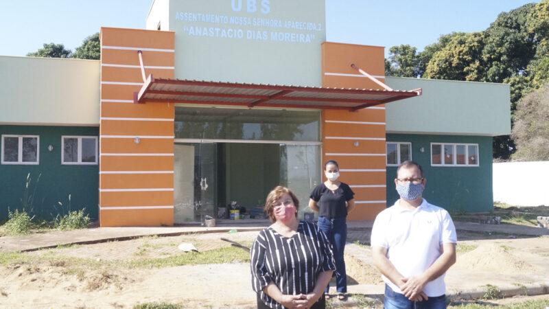 Castilho: Prefeita Fátima fiscaliza obras de UBS em assentamento rural