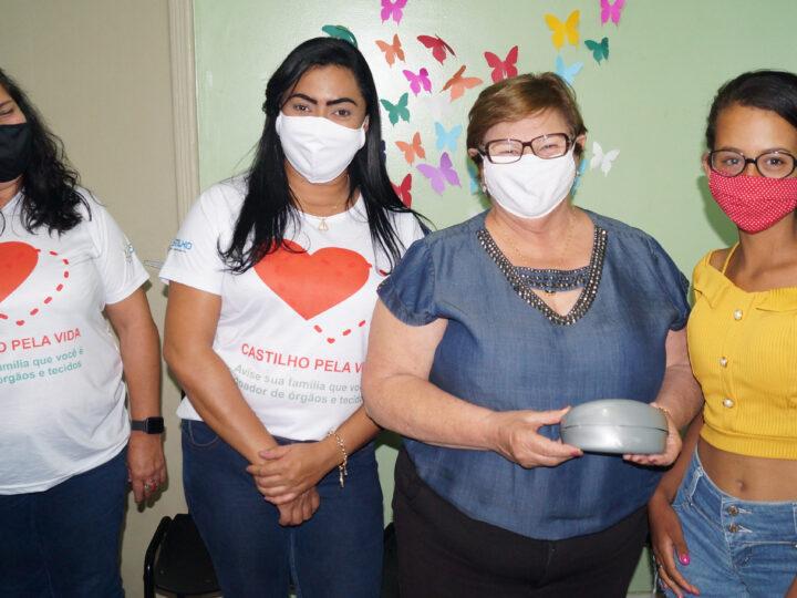 Castilho: Prefeita Fátima entrega mais uma remessa de óculos de grau