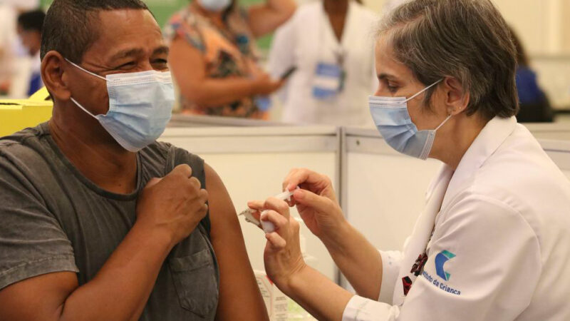 Covid-19: governo lança campanha publicitária de vacinação